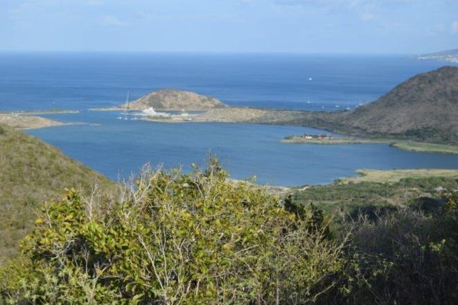 White House Bay St Kitts